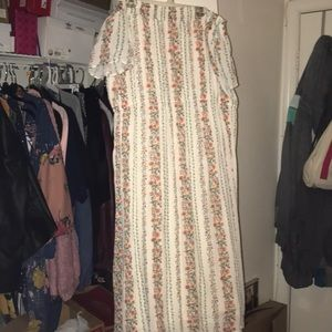 Dresses & Skirts - Off shoulder old navy dress